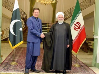 پاکستان اور ایران کا خطے کے مسائل مذاکرات سے حل کرنے پر اتفاق