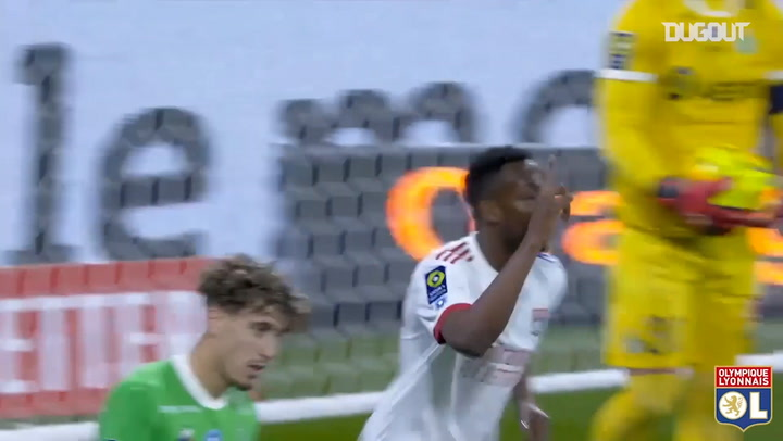 Tino Kadewere's brace vs Saint-Etienne