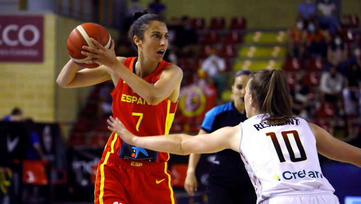 España supera el examen de Bélgica (61-58)