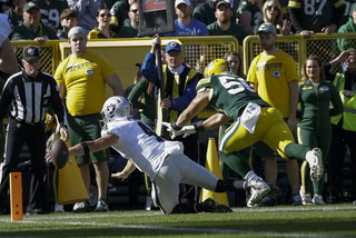 Carr's Fumble Proves Costly, Swings Game in Favor of Packers – VIDEO