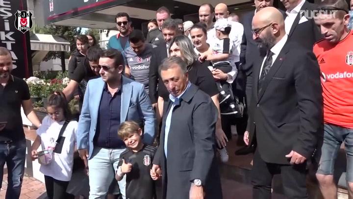 Başkan Ahmet Nur Çebi, Antalya'da Taraftarlarla Buluştu