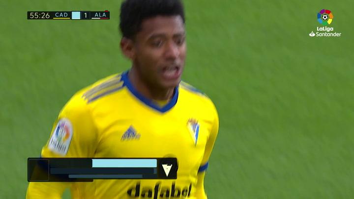 Gol de Choco Lozano (2-1) en el Cádiz 3-1 Alavés