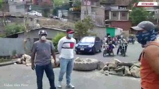 Pobladores se toman acceso a colonia Sagastume exigiendo alimentos