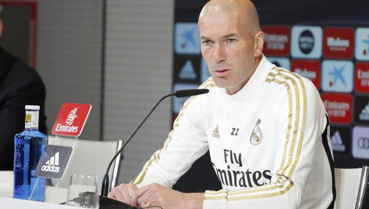"""Zidane: """"Un día son los horarios, un día los árbitros… Siempre pasa algo"""""""