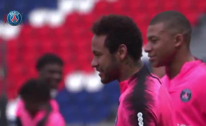 Último entrenamiento del PSG en la temporada 2018/19, con Neymar y Mbappé