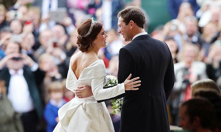 Los momentos que te van a sacar una sonrisa (y alguna lágrima) de la boda de Eugenia de York y Jack Brooksbank