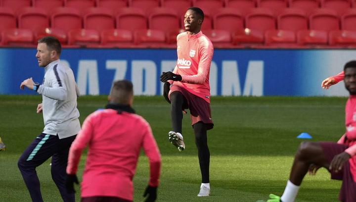 El Barça entrena en Old Trafford