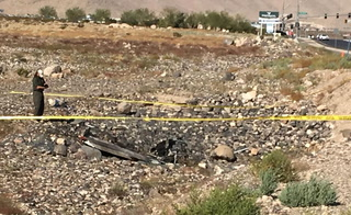 2 dead, 3 hurt in plane crash near Henderson airport