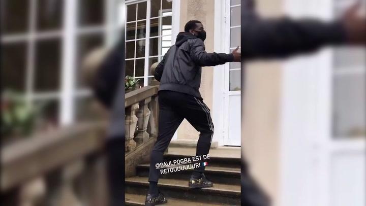 Paul Pogba llega a la concentración de la Selección de Francia