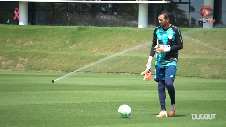 Flamengo's last training session before Goiás clash