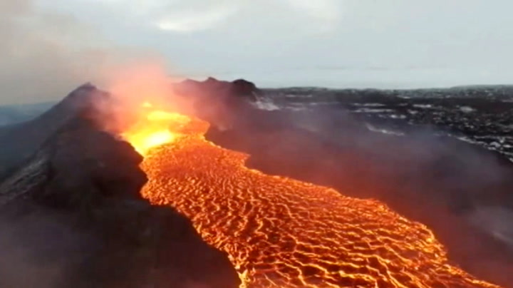 Se de vakre lava-bildene som trollbandt USA på direkten