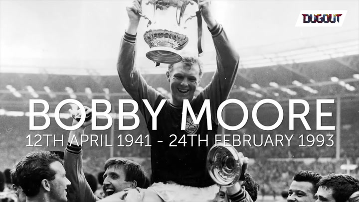 Remembering A Legend: Sir Bobby Moore!