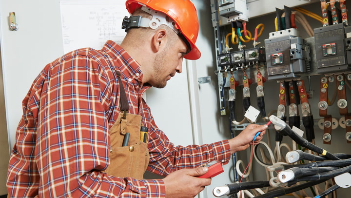 Empower Yourself! 5 Things Electricians Wish You Knew