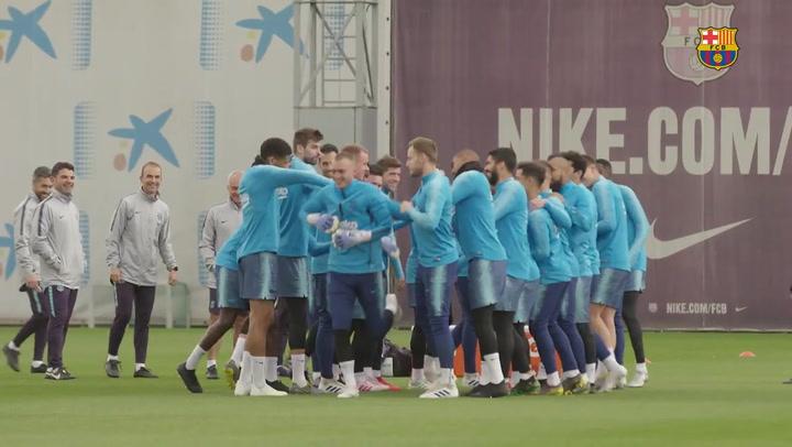 Última sesión del Barça antes de viajar a Vitoria