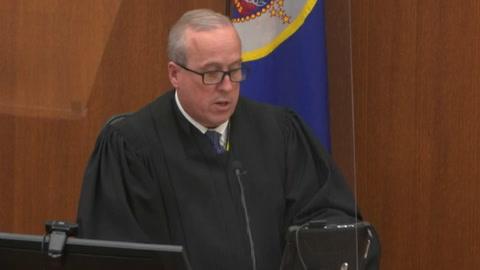 Jurado comienza a deliberar en el juicio por la muerte de George Floyd en EEUU
