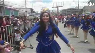 Suspiros tras desfile de las palillonas del Inst. Jarimer