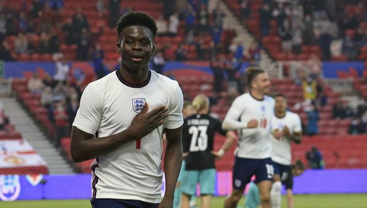 El joven Saka decide para Inglaterra en su estreno goleador con la selección