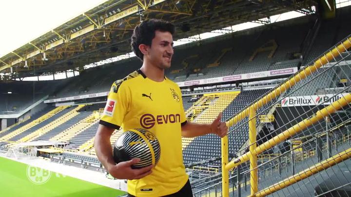 Mate Morey, presentado por el Borussia Dortmund