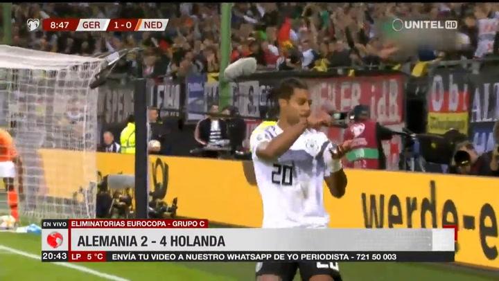 De Jong brilla con Holanda como mediocentro ante Alemania