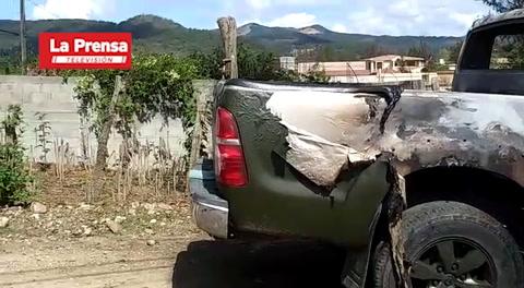 Queman vehículo utilizado en matanza de cinco hombres en La Esperanza