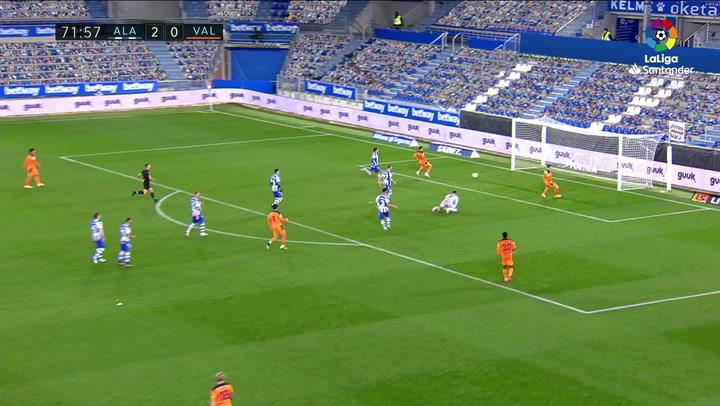 Gol de Manu Vallejo (2-1) en el Alavés 2-2 Valencia
