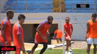 Edrick Menjívar y su golazo olímpico en el entrenamiento de Olimpia: ¡Beckeles sorprendido!
