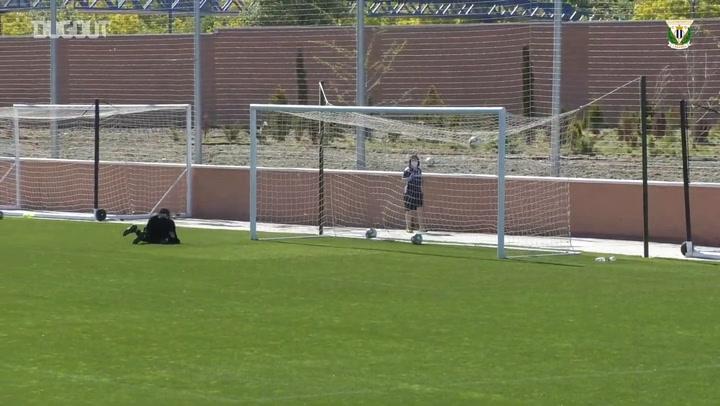 CD Leganés practice finishing on their return to group training