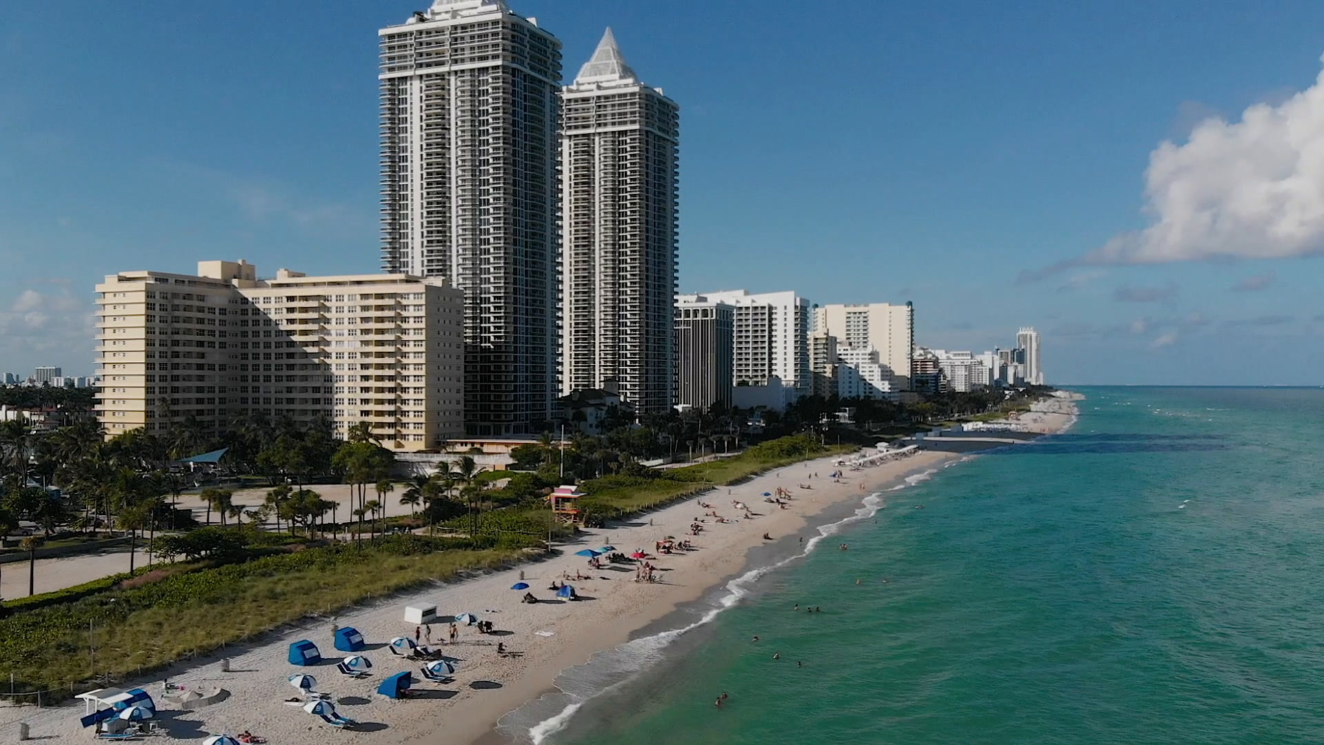 Jaclyn + David | Miami Beach, Florida | Eden Roc Miami Beach