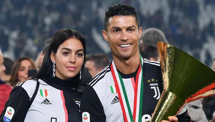 Cristiano y Georgina durante la celebración de la Juve