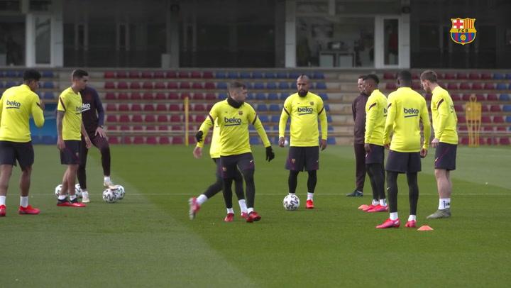 Setién corrigió con vídeo los desajustes ante el Valencia