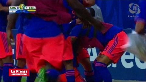 El gol de Roger Martínez  (Colombia) ante Argentina