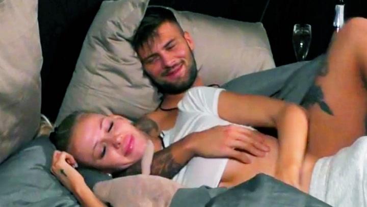 Image: - Vi sover sammen