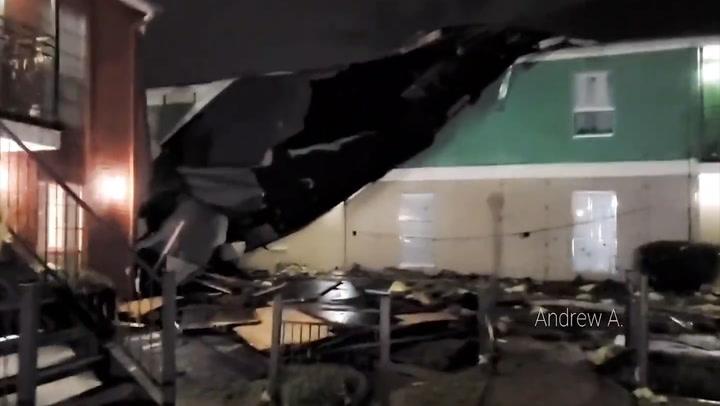 Tornado-warned storm unleashes violent winds on Texas