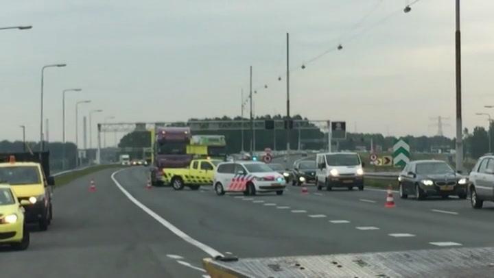 Automobilist verliest boot op snelweg