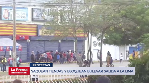 Saquean tiendas y bloquean bulevar salida a La Lima