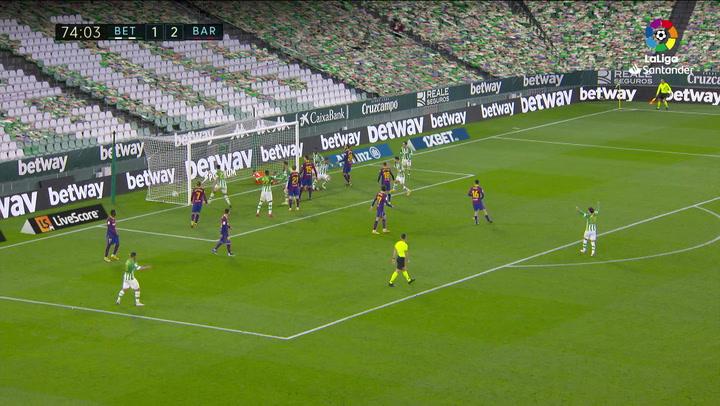 Gol de Víctor Ruiz (2-2) en el Betis 2-3 Barcelona