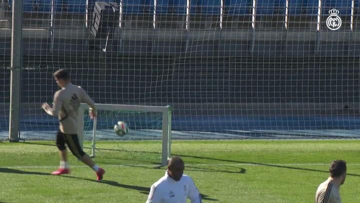 Entrenamiento del Real Madrid sin Bale y Jovic por gastrointeritis