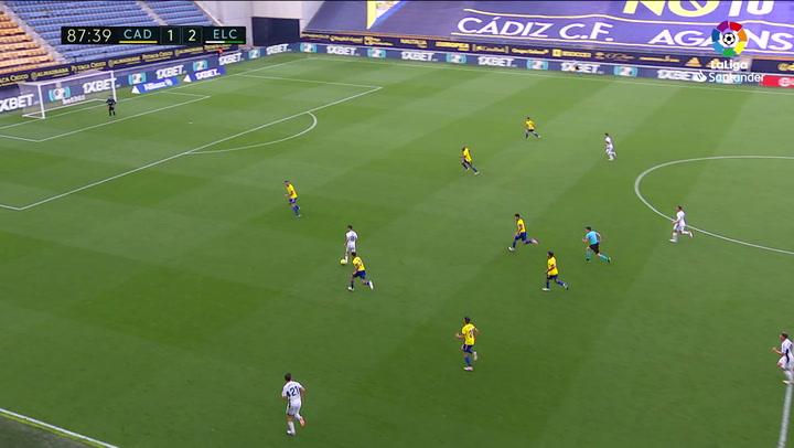 Gol de Fidel Chaves (1-2) en el Cádiz 1-3 Elche