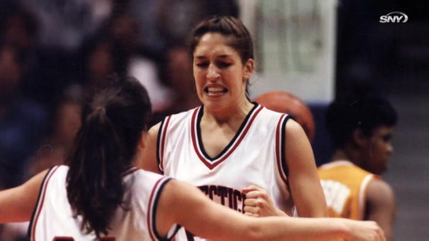 Geno Auriemma and the 1995 UConn Huskies talk Tennessee standing in the way of their first title