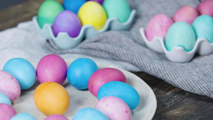 Watch Now: Dyeing Easter Eggs Without a Kit