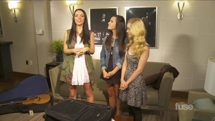 Interviews:Megan and Liz Baggage and Fashion