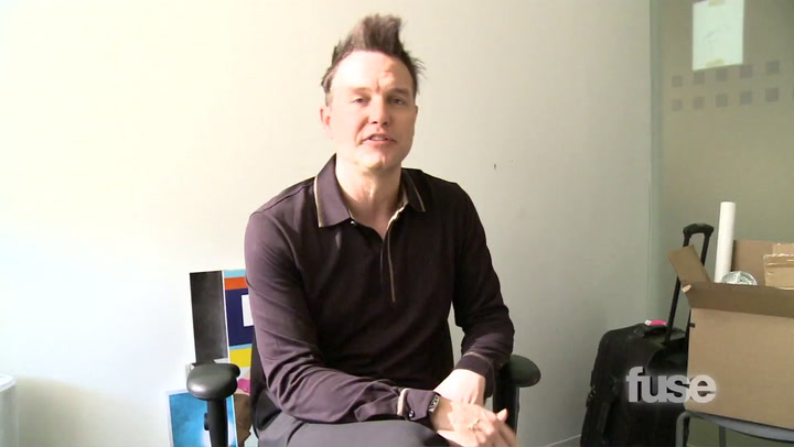 Shows: Hoppus on Music: Mark Hoppus Wants to Give You His Stuff - Hoppus Swappus