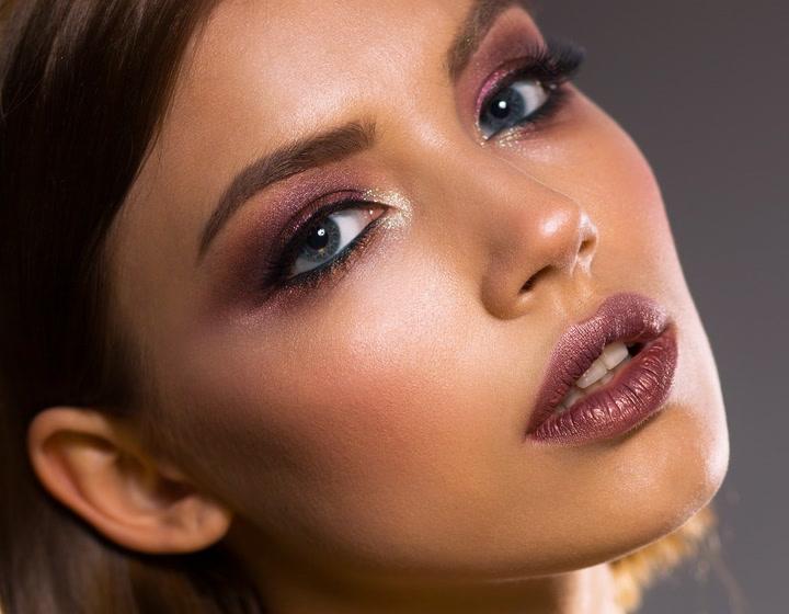 Consejos para un maquillaje de noche fácil que potencie tu imagen