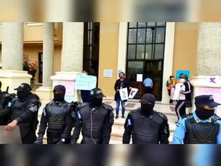 Fuerte despliegue policial en Tribunales de La Esperanza por audiencia en caso de Keyla Martínez