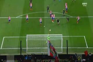 El cañonazo de tiro libre de Cristiano Ronaldo que casi termina en gol