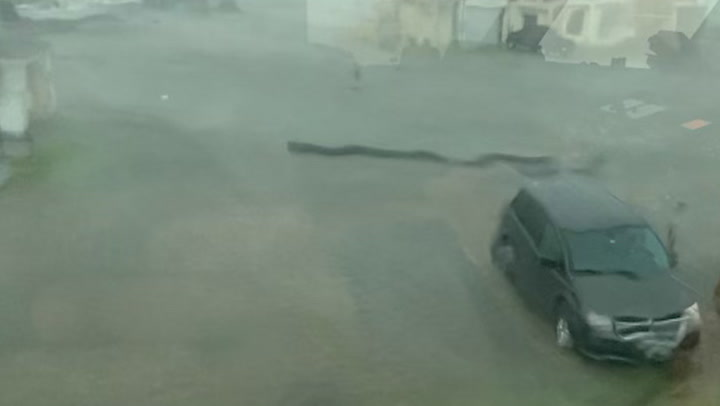 Severe storm and heavy winds rip through Grand Isle
