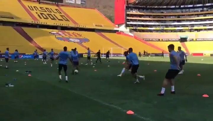 Último entrenamiento de Uruguay antes de medirse a Ecuador