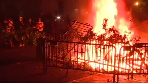 Washington prolonga el toque de queda tras otra noche de disturbios