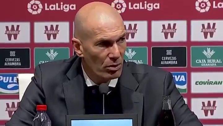 """Zidane: """"Vamos a pelear hasta el último minuto"""""""