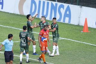 El gol de Kevin Hoyos de Marathón frente a la UPN tras una exquisita jugada de Adrián Ramírez.